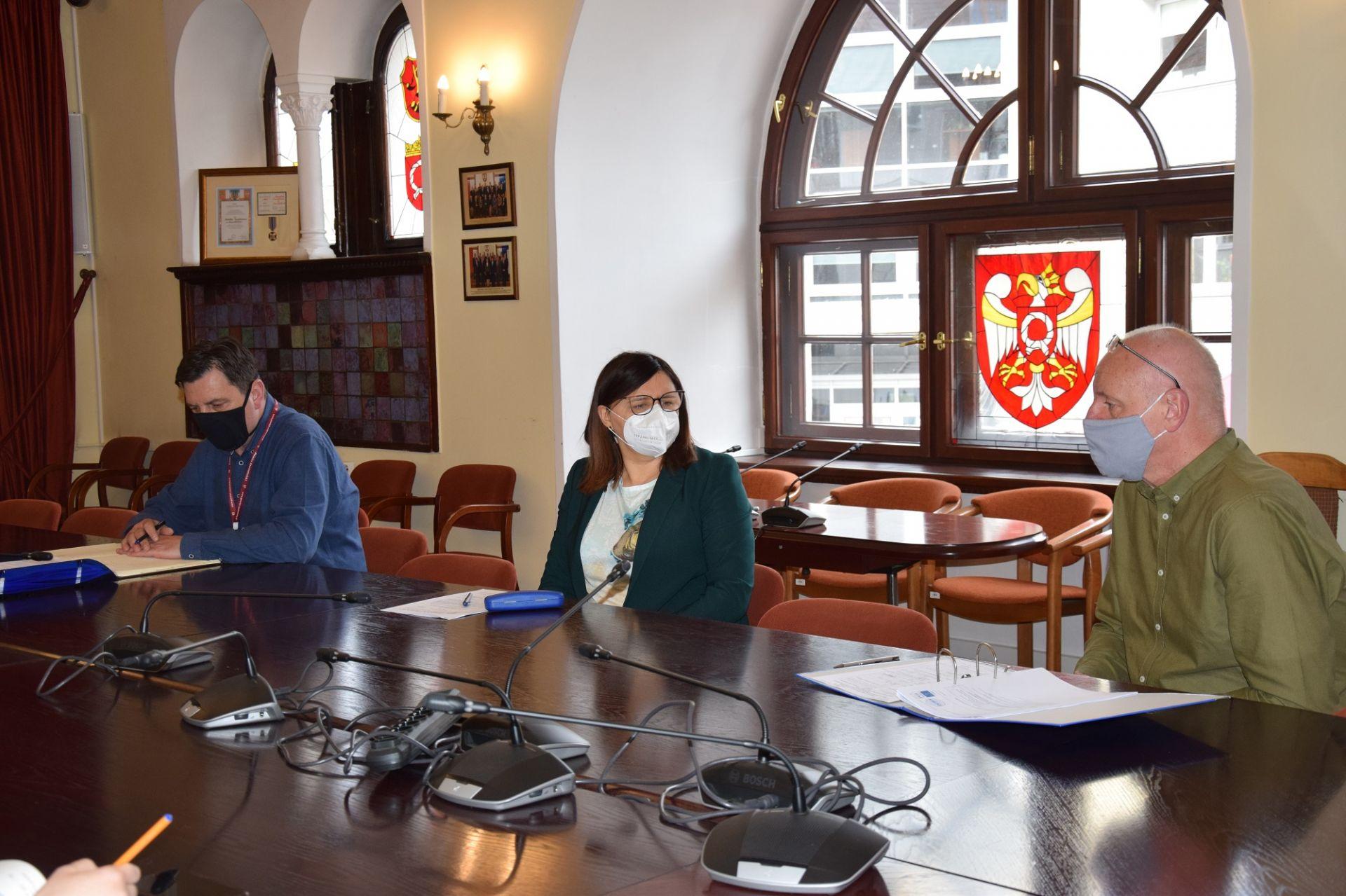 Spotkanie Starosty Szamotulskiego z Powiatowym Lekarzem Weterynarii w Szamotułach